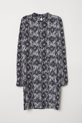 H&M Fitted Jersey Dress - Black