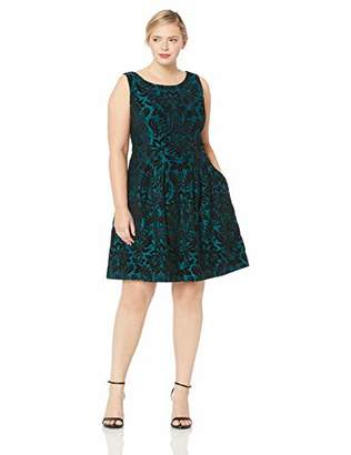 Gabby Skye Women's Plus Size Sleeveless Round Neck Scuba Fit and Flare Dress