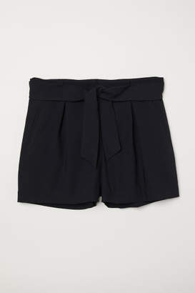 H&M H&M+ Tailored Shorts - Black