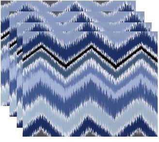"Simply Daisy 18"" x 14"" ikat-arina Chevron Stripes Print Placemats, Set of 4"