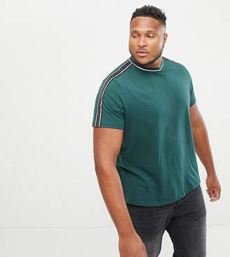 New Look Plus t-shirt with taping in green