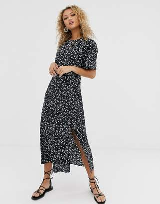 New Look ditsy floral print midi dress in black