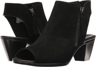 Munro - Nakita Women's Shoes $220 thestylecure.com