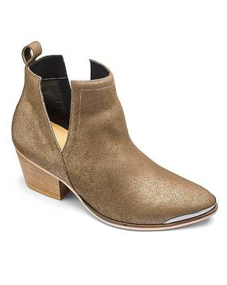 Sole Diva Leather Cut Out Boots E Fit