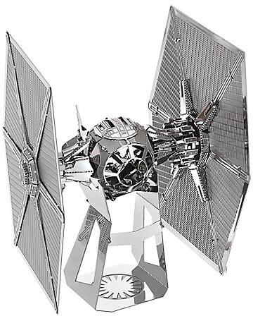 Star Wars: The Force Awakens Kylo Ren Command Shuttle Metal Earth Model