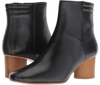 Bernardo Izzy Boot Women's Boots