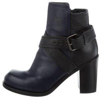 Alexander McQueenAlexander McQueen Leather Ankle Boots
