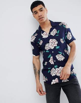 Solid Short Sleeve Revere Collar Shirt in Floral Print