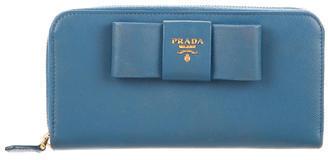 pradaPrada Saffiano Fiocco Wallet