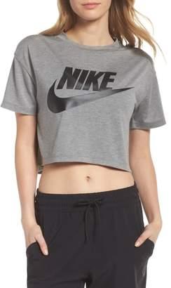 Nike Sportswear Crop Top