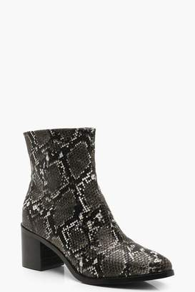 boohoo Snake Low Block Chelsea Boots