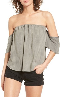 Women's Sun & Shadow Off The Shoulder Washed Top $29 thestylecure.com
