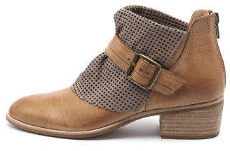 Django & Juliette New Hica Dk Tan Taupe Leather Dk Tan Taupe Womens Shoes Casual
