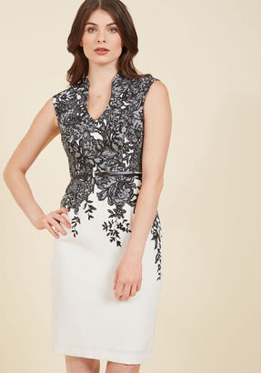 Adrianna Papell Take Mentor Stage Sheath Dress in 10 $159.99 thestylecure.com