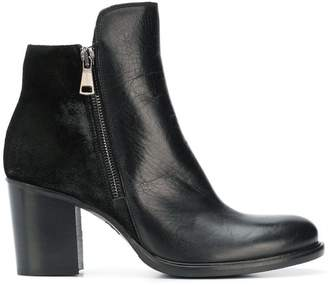 Strategia side zipped ankle boots