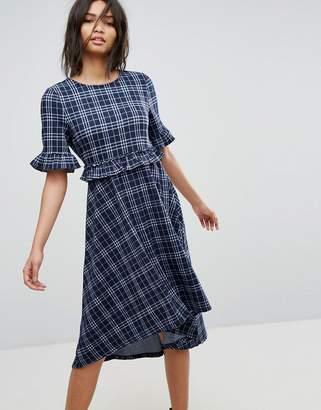 Vero Moda Hi-Low Check Midi Dress