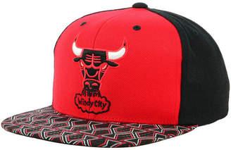Mitchell & Ness Chicago Bulls Winning Team Snapback Cap