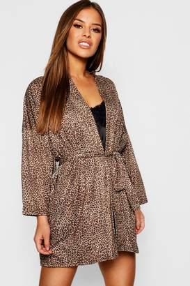 boohoo Petite Leopard Print Robe