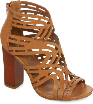 Bamboo Embark Cut-Out Pumps $39.99 thestylecure.com