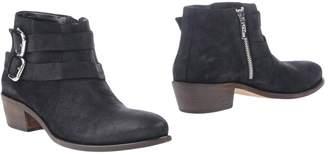 Studio Pollini Ankle boots