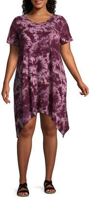 Boutique + + Printed Tie Dye Short Sleeve Shark Bite T-Shirt Dresses - Plus
