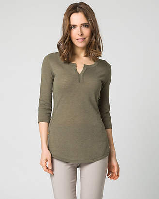 Le Château Slub Knit V-Neck Sweater