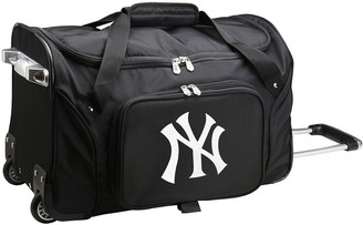 New York Yankees Denco 22-Inch Wheeled Duffel Bag