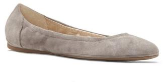 Vince Camuto Ellen – Round-Toe Ballet Flat