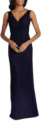 Donna Morgan Women's Sleeveless V-Neck Gown