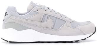 Pegasus 92 Lite sneakers