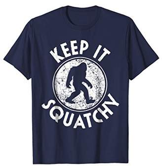Keep it Squatchy Bigfoot T-Shirt Funny Sasquatch Gift