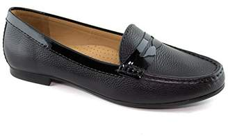 Driver Club USA Women's Greenwich Penny Loafer