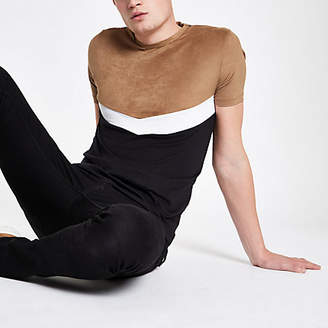 River Island Brown slim fit chevron color block T-shirt
