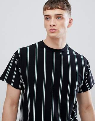 New Look T-Shirt With Vertical Stripes In Black