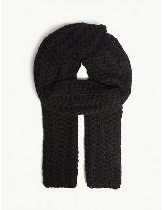 UGG Knitted roving scarf