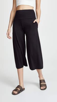 Onzie Wide Leg Crop Sweatpants