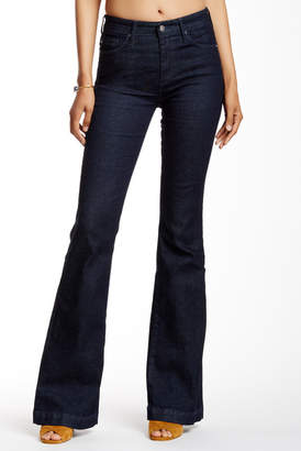 AG Janis High Rise Flare Jean $235 thestylecure.com