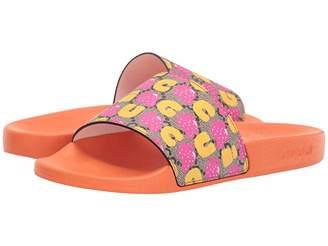 8e5271723 Gucci Kids GG Supreme Strawberry Slides (Little Kid/Big Kid)