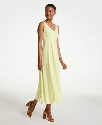 Ann Taylor Petite Breezy V-Neck Midi Dress