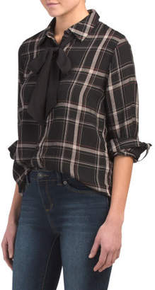 Juniors Plaid Shirt With Contrast Bow