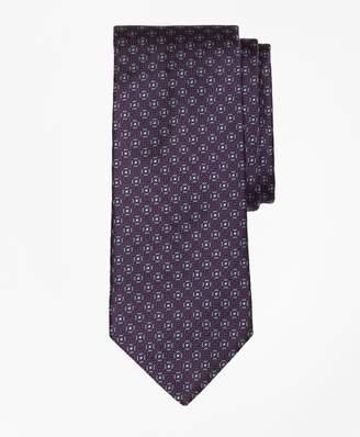 Brooks Brothers Framed Medallion Tie