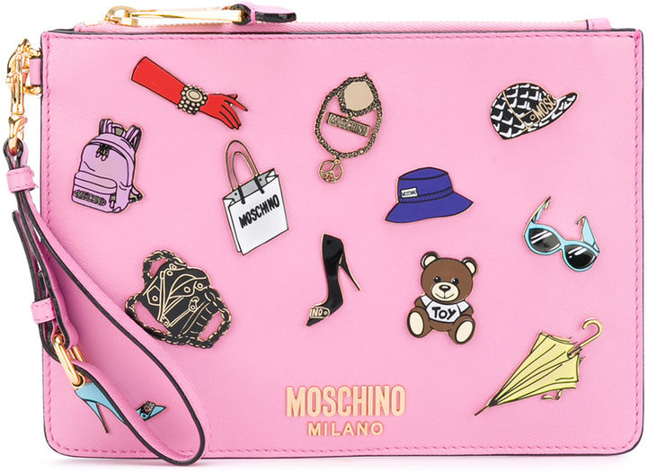 Moschino Moschino accessory plaque zip clutch