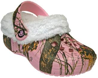 Dawgs Toddlers' Mossy Oak Fleece Fluffy Clogs Slippers