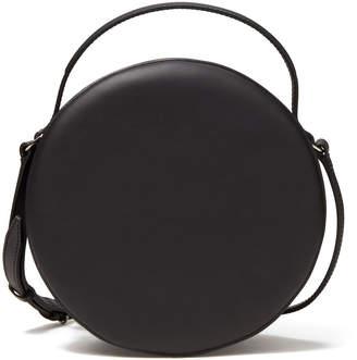 Pb 0110 Circle Shoulder Bag