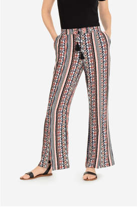 Tribal flowy pant with slit