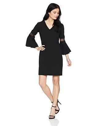c51c7eacf39 Jessica Howard Women s Petite Bell Sleeve V-Neck Shift Dress
