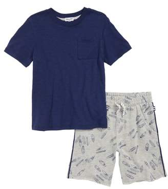 Splendid T-Shirt & Surfboard Graphic Shorts Set