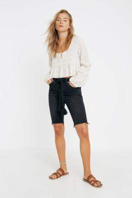 BDG Pine Denim Shorts - black 26W at Urban Outfitters