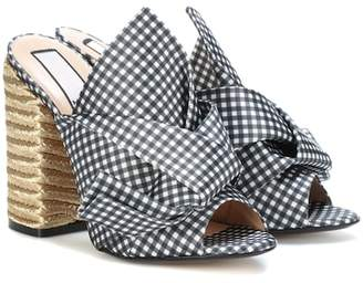 N°21 Vichy plaid open-toe pumps