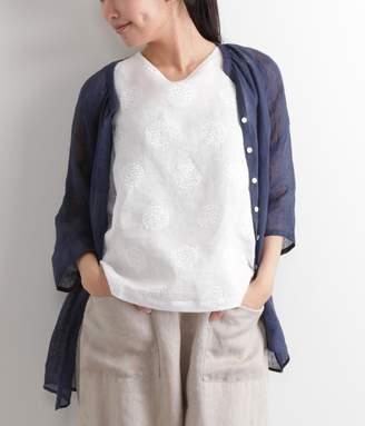 【送料無料】リネン大柄サークル刺繍ノースリーブブラウス(A・オフホワイト)